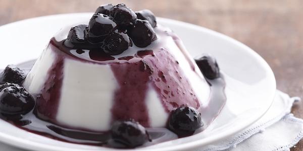 Recipe: Almond Panna Cotta with Blueberry Sauce