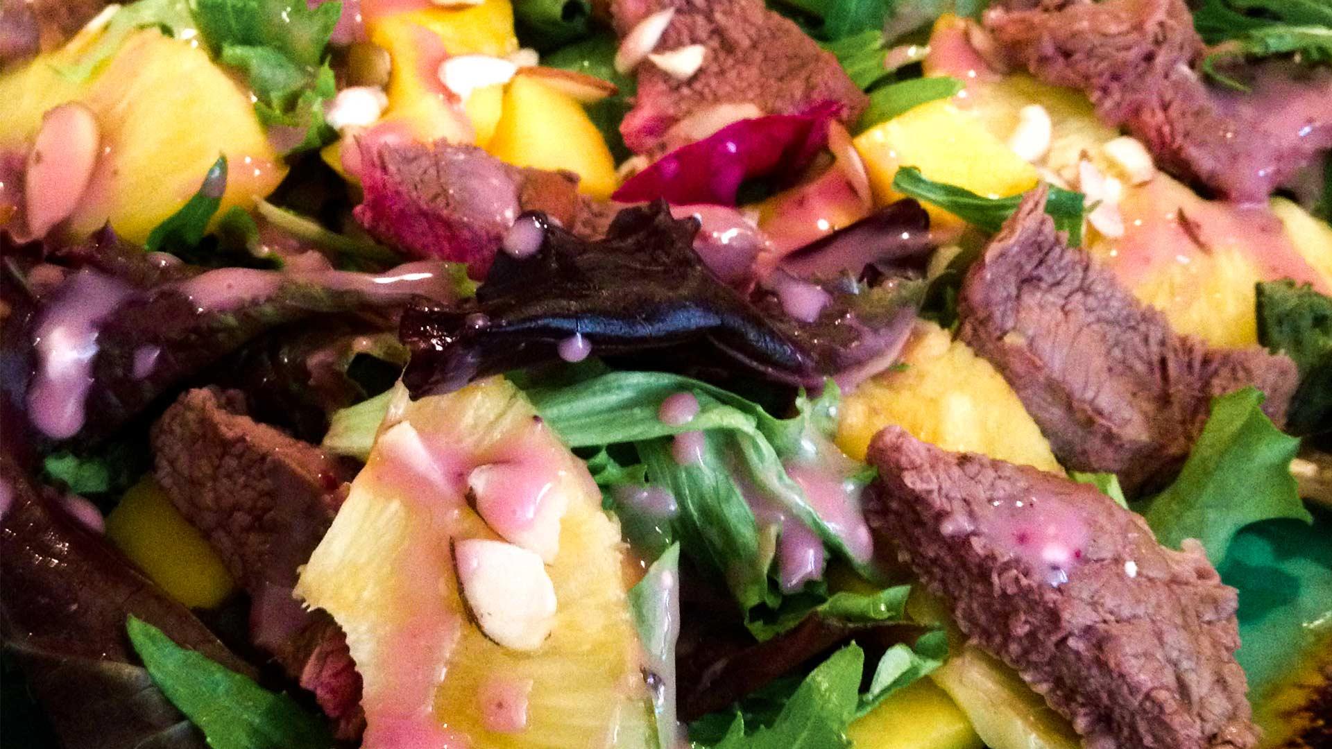 Tropical Steak Salad