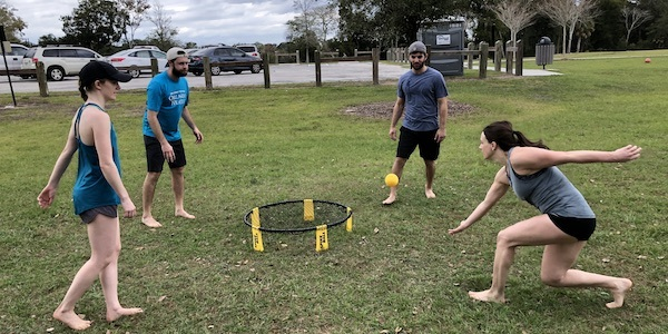 15 - Spikeball action