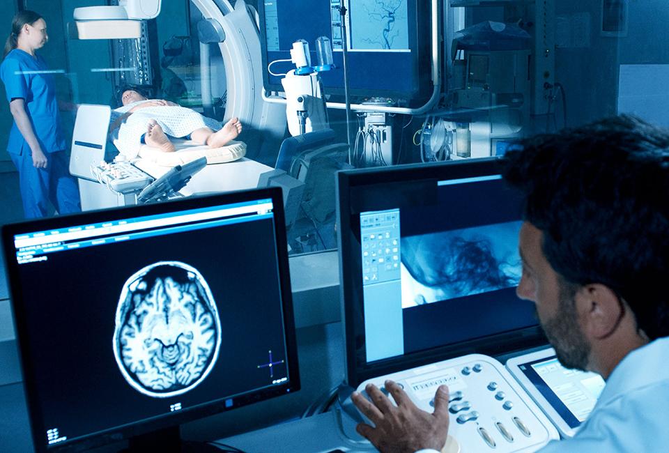 960X650 TEAM Brain  Spine Tumors